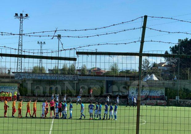 RILEGGI IL LIVE – Under 15 A e B, Napoli-Benevento 3-1 (3′ Scognamiglio, 15′ Pesce, 9′ s.t. Marsiglia, 40′ s.t Gioielli): grande successo per gli azzurrini contro la capolista