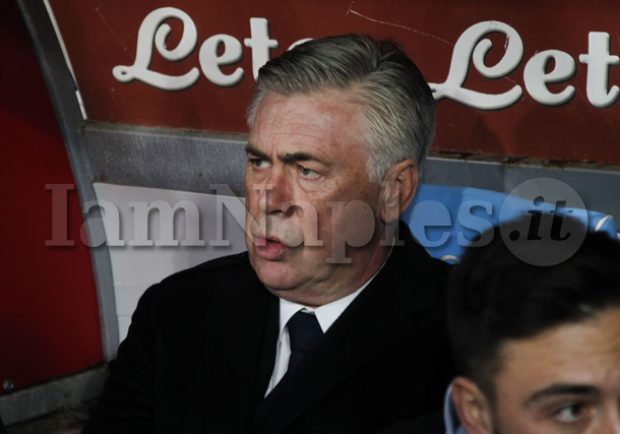 """Ancelotti: """"Due gare a San Siro saranno emozionanti, speriamo di recuperare gli acciaccati. Allan e Koulibaly straordinari"""""""
