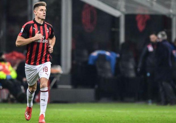 Serie A, Milan-Cagliari 3-0: rossoneri quarti con Paquetà e Piatek