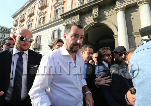 """Salvini: """"Farei lo scambio De Laurentiis-Elliot. Mi piacerebbe vedere al Milan Insigne e Koulibaly"""""""