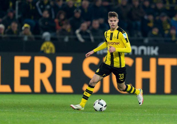 Le Parisien – Il PSG può prendere Weigl dal Borussia Dortmund per 25 milioni