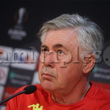 """Ancelotti, lo storico collaboratore: """"Addio di Hamsik prematuro. Squadra nata per il 4-3-3, serve qualcosa dal mercato…"""""""