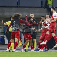 Europa League – Arsenal e Ajax fuori a sorpresa, domani alle 18 Salisburgo-Eintracht