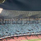 FOTO E VIDEO IAMNAPLES.IT – Napoli-Arsenal, cori e striscioni dei tifosi per incoraggiare gli azzurri al San Paolo
