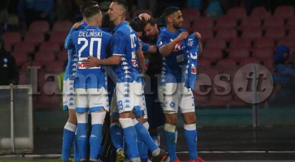 RILEGGI LIVE – Napoli-Inter 4-1, (15′ Zielinski, 60′ Mertens, 70′ Fabian Ruiz. 81′ rig. Icardi)