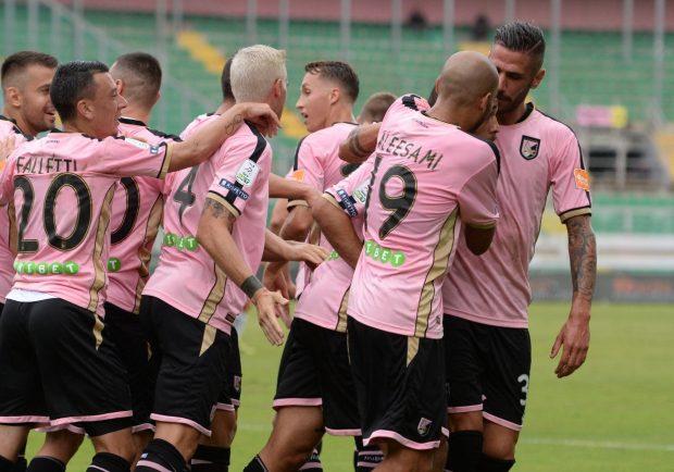 """Palermo, duro comunicato dei giocatori: """"Il Direttivo della Lega Serie B ha stravolto le regole, c'è conflitto di interesse…"""""""