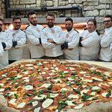 Uniti per la pizza, l'impresa è fatta, risultato da guinness dei primati raggiunto