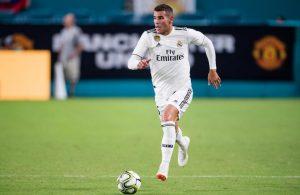 Marca – Napoli su Theo Hernandez, è sfida al Milan. Il Real non vuole cedere il giocatore definitivamente…