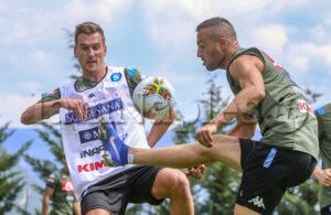 RIVEDI LIVE VIDEO – L'allenamento degli azzurri prima del Liverpool: c'è Milik con la squadra