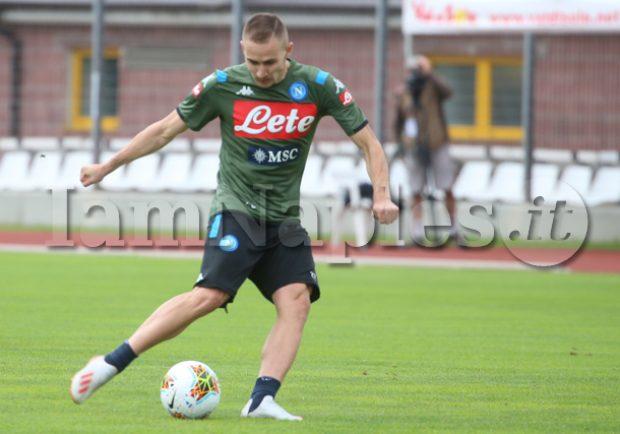 """Cagliari, Maran conferma l'interesse per Rog: """"Lo seguiamo"""""""