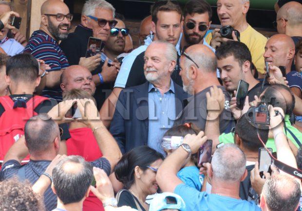 Repubblica – Taglio stipendi, nel Napoli si punta ad arrivare ad una soluzione consensuale