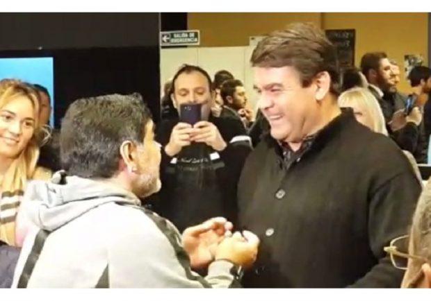 """L'Argentina piange il 'Tata' Brown, il saluto di Maradona: """"Sei sempre stato un toro, ci mancherai…"""""""