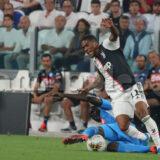 Juventus,Douglas Costa torna in Brasile: è il quinto calciatore bianconero a lasciare l'Italia