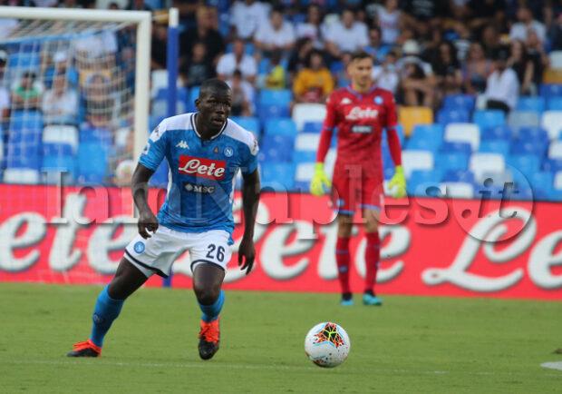 """FOTO – Koulibaly esulta per la candidatura al Pallone d'Oro: """"Questa possibilità è eccitante"""""""