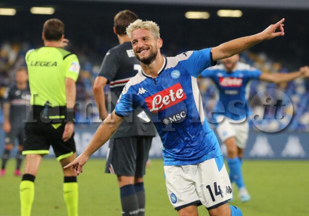 """Mertens: """"Non mi sono mai pentito di aver firmato a Napoli"""""""