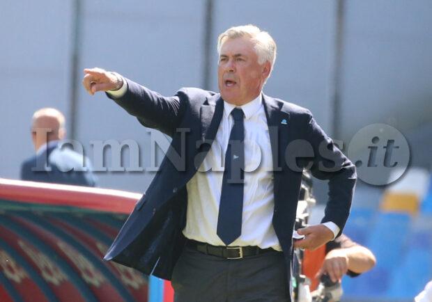 """Gazzetta rivela: """"Ammutinamento Napoli, Ancelotti sconcertato dall'atteggiamento dei giocatori. Ha provato a convincerli…"""""""