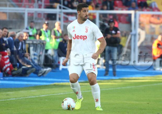UFFICIALE – Juventus, Khedira out: intervento di pulizia al ginocchio