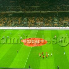Imbarazzo prima di Milan-Torino: calciatori disposti a metà campo, ma nessun minuto di silenzio per Bryant