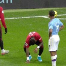 VIDEO – Derby di Manchester, razzismo e un proiettile lanciato a Fred: il City prende posizione
