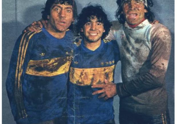 """Coronavirus, positivo la leggenda argentina Hugo Gatti. Maradona: """"Forza Loco, la tua famiglia ti aspetta"""""""