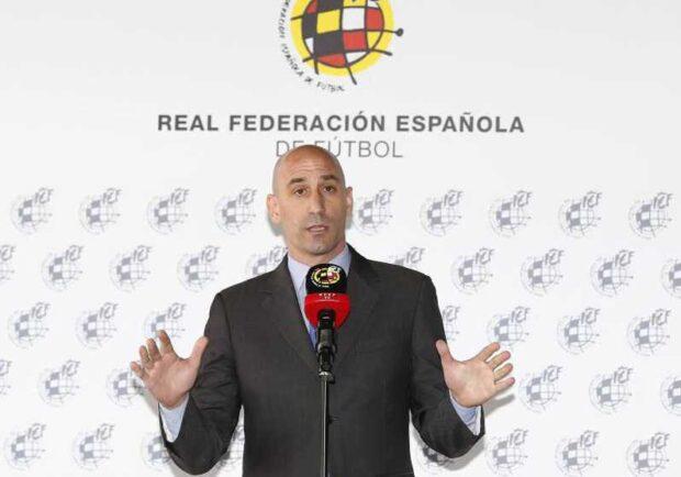 """RFEF, Rubiales: """"La salute al primo posto, è prematuro parlare di date. Stanzieremo 500 mln per aiutare il calcio"""""""
