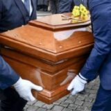 Incredibile a Caserta: in 30 al funerale multati insieme al parroco