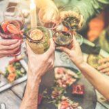 Brescia, ragazza contagiata fa un aperitivo con altri 5 ragazzi: scatta la denuncia