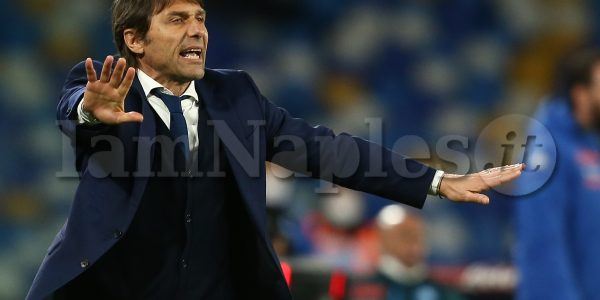InterÕs Italian coach Antonio Conte gesticulate during the Serie A football match between SSC Napoli and Inter at the Diego Armando Maradona Stadium, Naples, Italy, on 18 April  2021