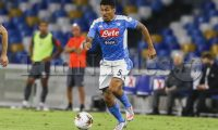 SSC Napoli's Brasilian midfielder Allan  control the ball during the Serie A  football match  SSC Napoli Udinese at the San Paolo Stadium