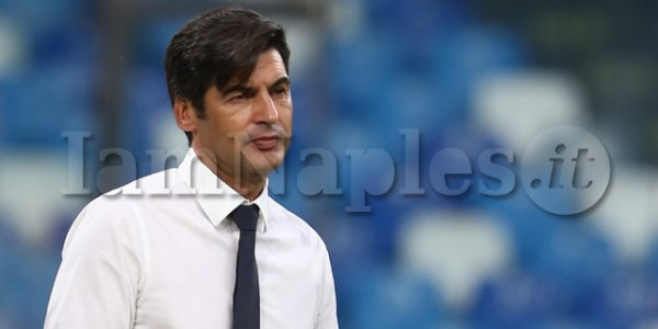 As Roma's Portuguese coach Paulo Fonseca look during the Serie A  football match  SSC Napoli vs  AS Roma at the San Paolo Stadium